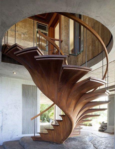 escada-em-caracol-de-madeira-para-interior.jpg